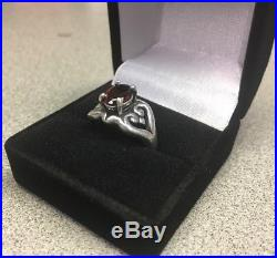 James Avery. 925 Silver Scrolled Heart Ring with Garnet Size 6.5 FAST SHIPPING