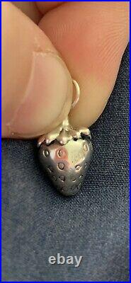 James Avery Retired 3d Strawberry Charm Sterling Silver No Jump Ring