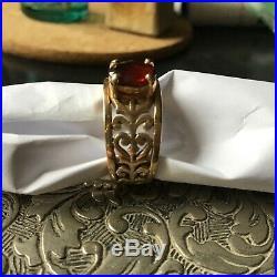 James Avery adoree 14k gold ring. Size 7, Garnet stone