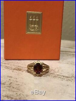 RETIRED James Avery 14kt Garnet Gold Ring
